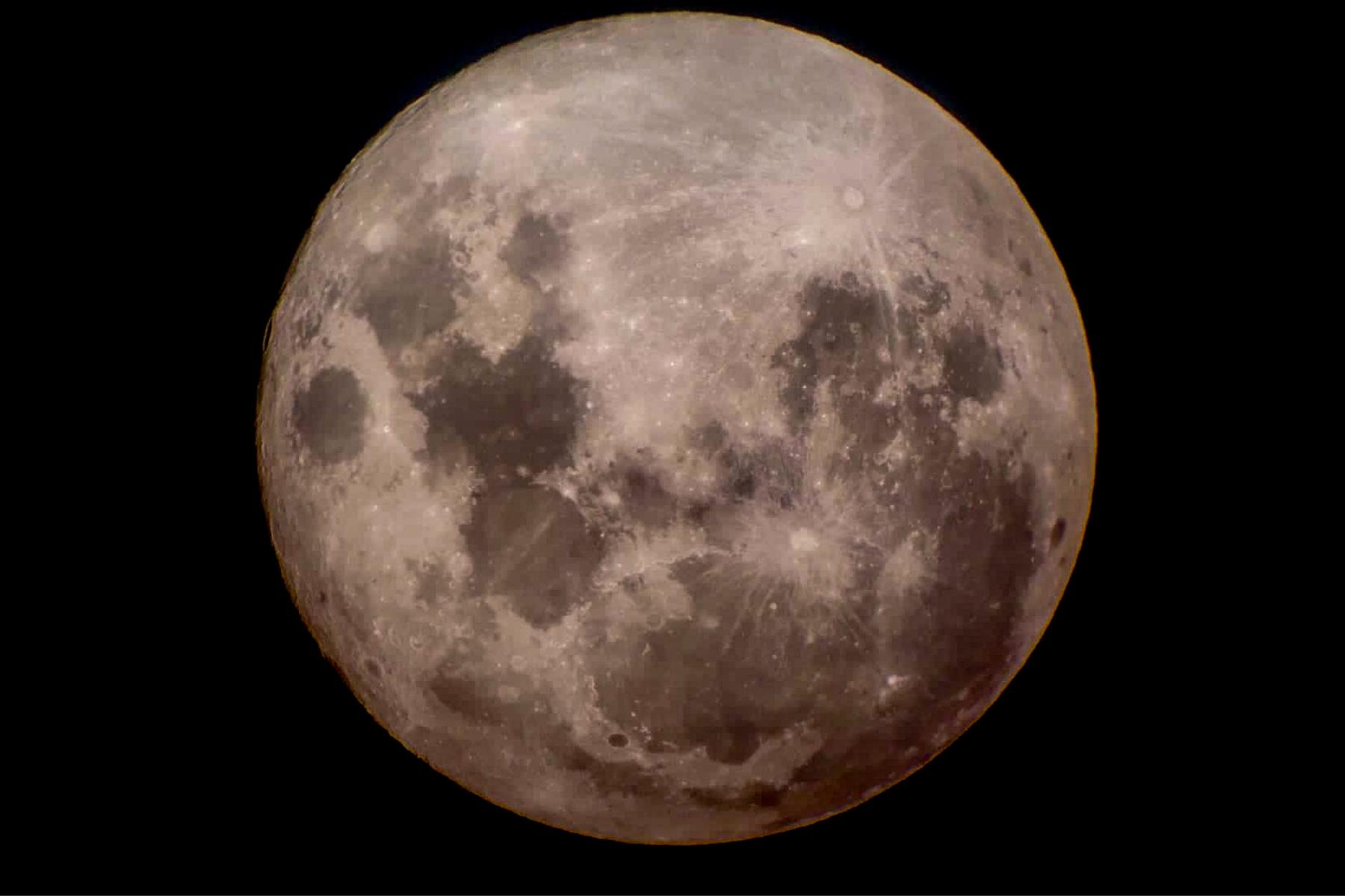 Süper Ay Gözlemi